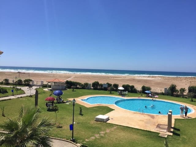Sea and pools, 2 bedroom for 5/6 persons (N13)