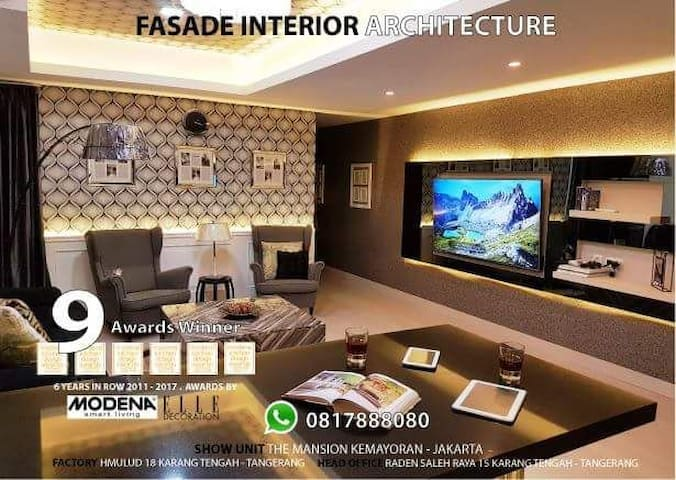 """living room ( UHD TV 65"""" + cable tv + Wi-Fi )"""