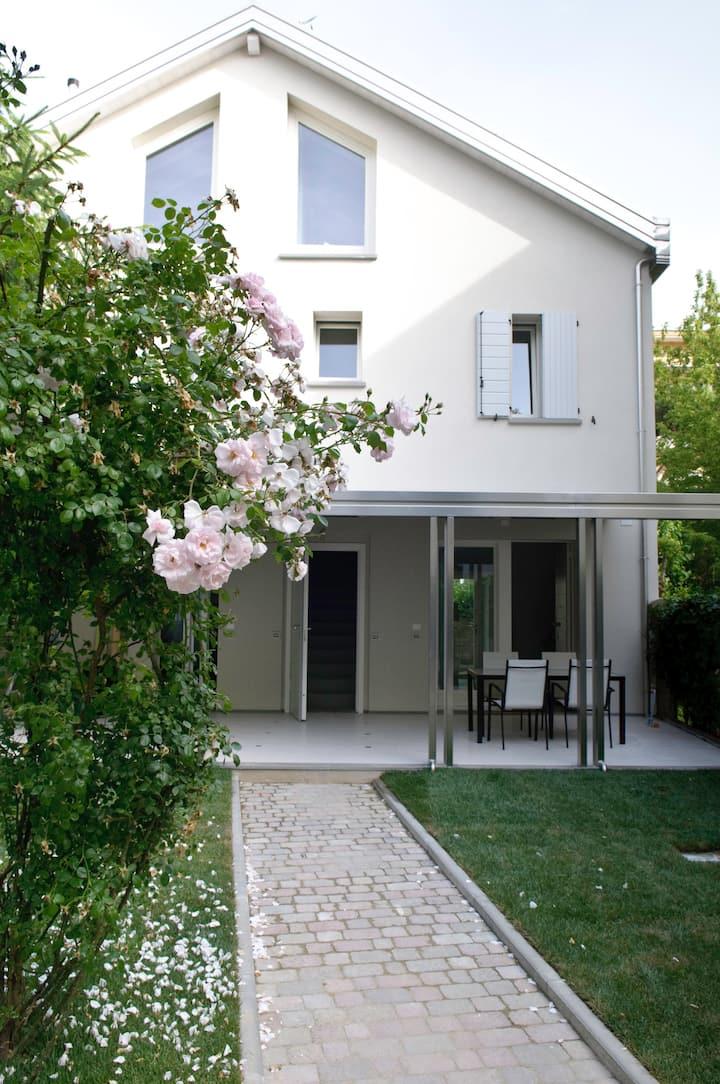 """Appartamento """"Tramontana"""" con terrazzo Viale Roma"""