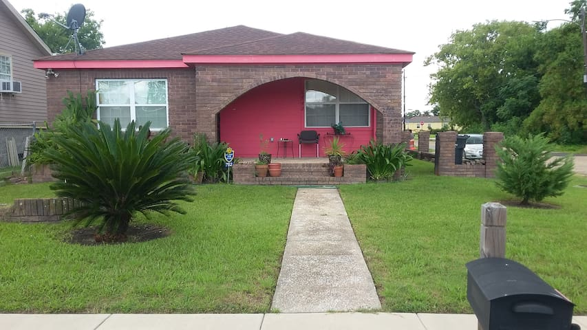 2 bedrooms/Private Bath/10 min from French uarter - New Orleans - Hus