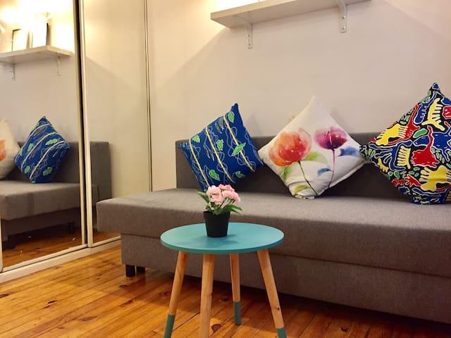 MARAIS room, like Private studio w kitchen/WC#102