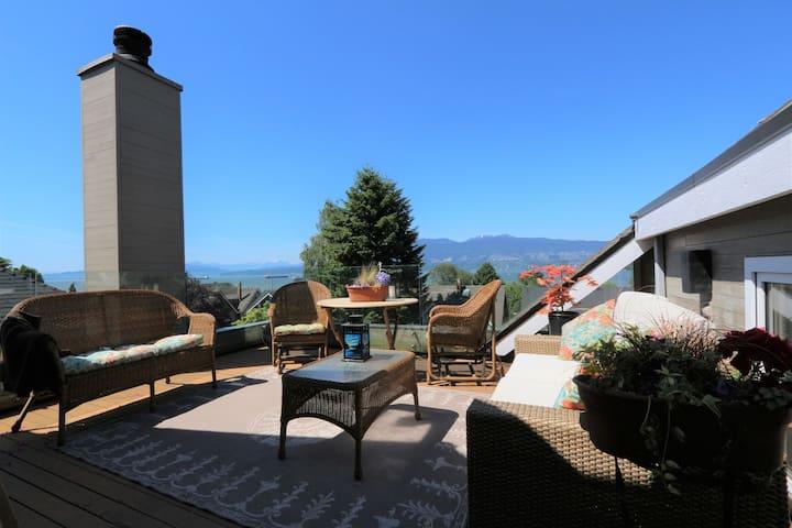 3rd floor deck with ocean, mountain & city views