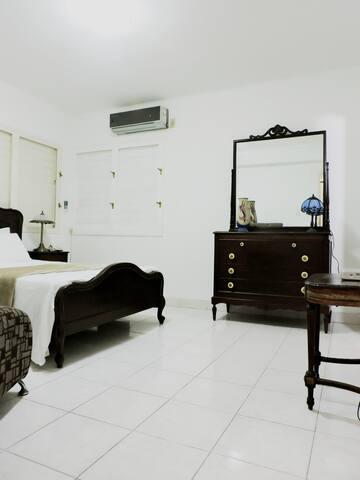 Habitación QK en Miramar
