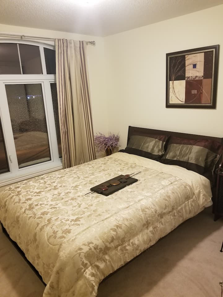 Cozy and convenient room can accommodate a couple