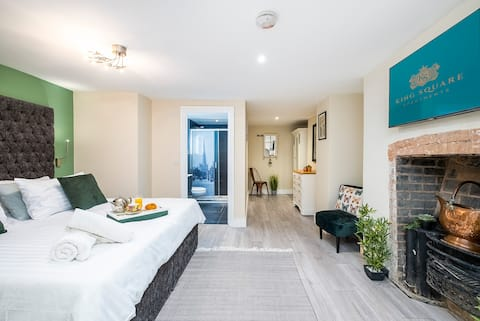 Corporate, Contractor & Leisure Serviced Apartment