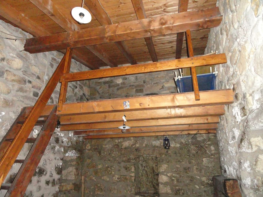 Upstair: sleeping area