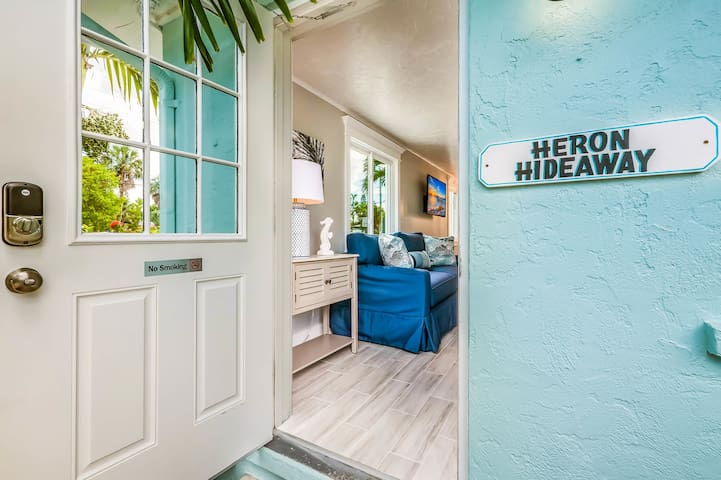 Heron Hideaway at Driftwood - One Bedroom Resort, Sleeps 6