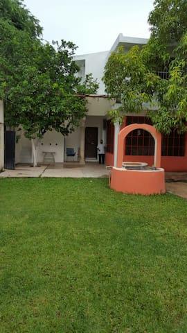 Hospedaje en zona de Cenotes Homún, Yucatán México - Mérida