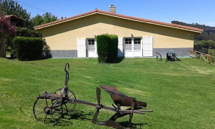 Apartamentos Rurales con Jardín El Otero