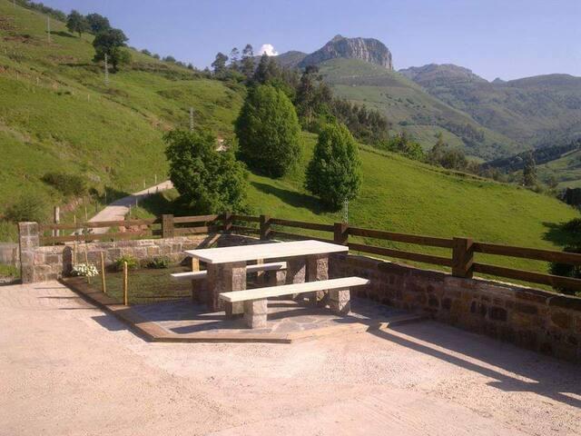 Cabaña pasiega en Liérganes, impresionantes vistas