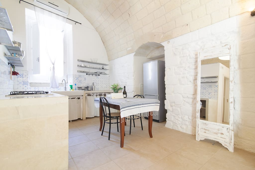 Bright and spacious. Recently renovated interior with Salento style furnishing