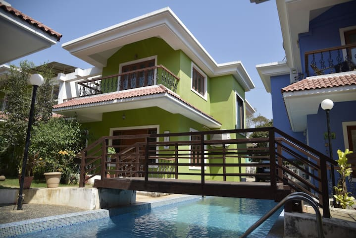 Pool side holiday Villa - Assagao - Villa