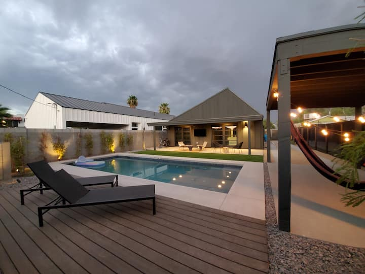 New!|ModernHome|Luxury|Kingbed|Heated Pool|Phoenix