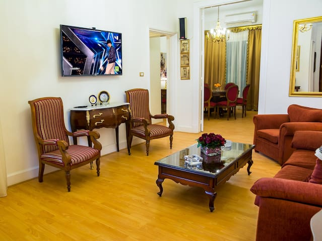 Royal Apartment  5*****  Cairo downtown