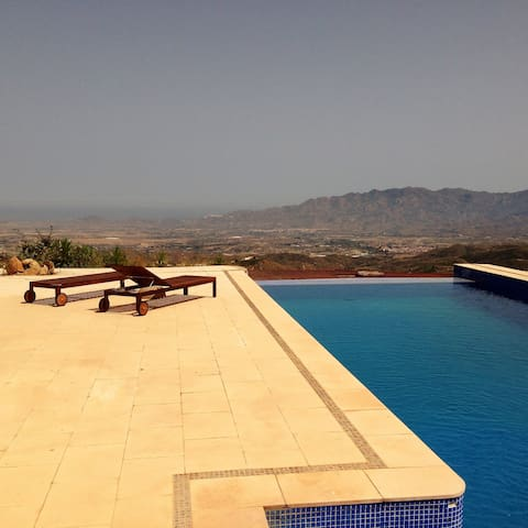 Villa with spectacular views - Bédar