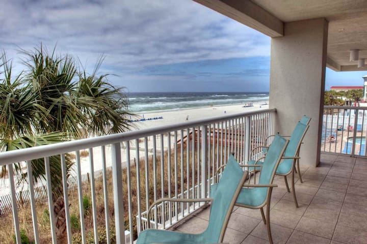 Majestic Beach Towers Corner 4BR/3BA 2nd Flr Free Wifi Master on Gulf Free Fun Included with Rental - Panama City Beach - Condominium