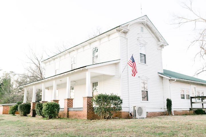 Historic 1880 Farmhouse with Modern Southern Charm