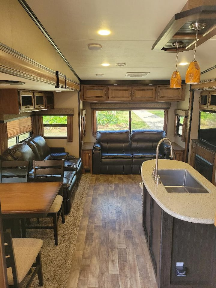 Living Our Best RV Life!