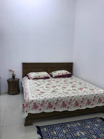 Room 1 (King)