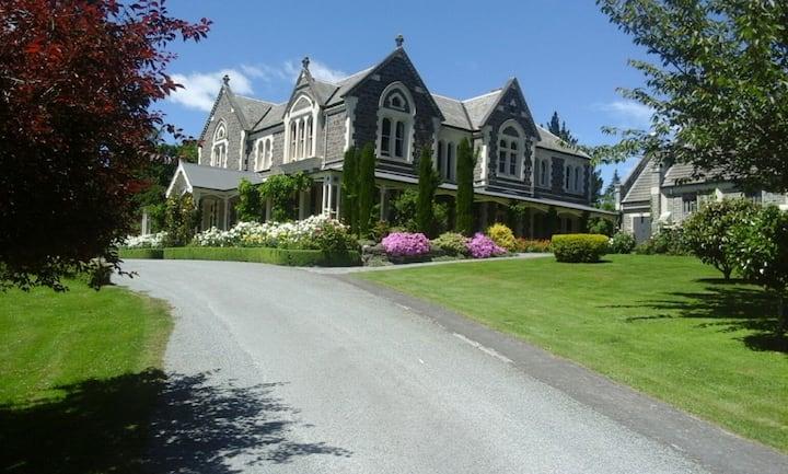 Castle Claremont,