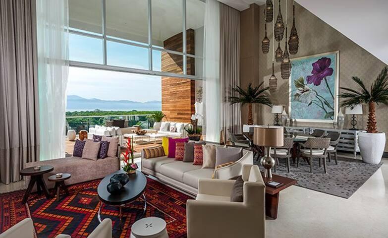 Modern high end furnishings in living room