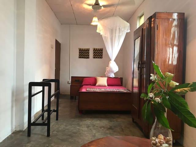 Hiriketiya Lodge Homestay~Big Room~Hammock Garden