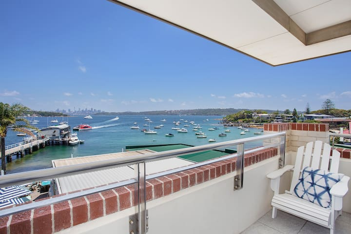 Grand Harbour Suite
