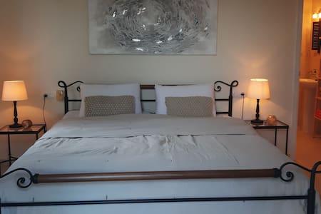 Charmantes Zimmer mit Meerblick