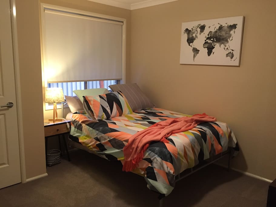Second  bedroom for  1 guest available on same booking  if available (additional cost)