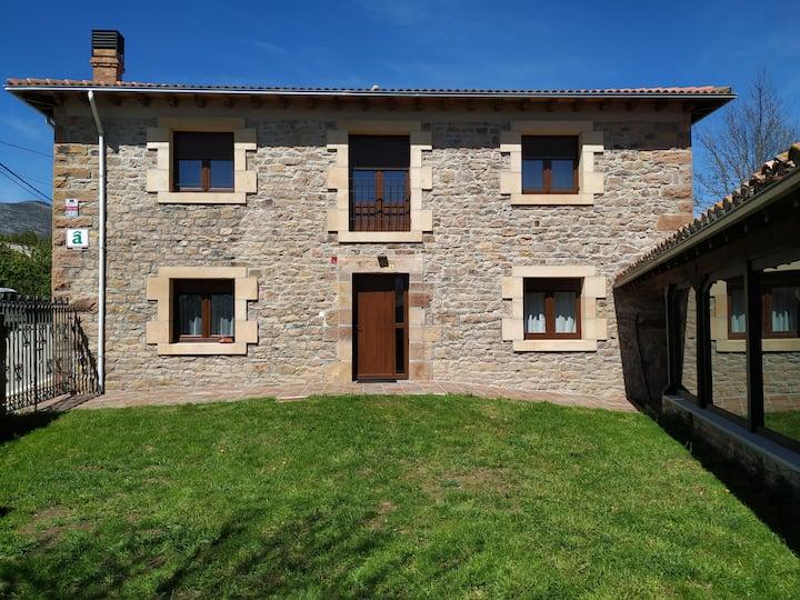 Casa Rural Monte Regaliz- Alto Campoo