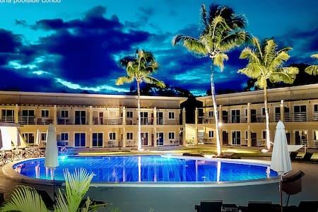Alona Poolside Condo - Deluxe Suite
