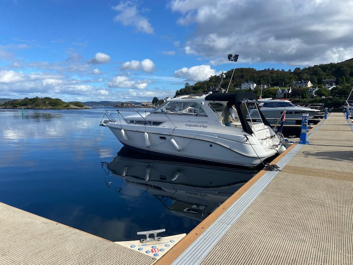 Cabin Cruiser on the beautiful Island of Bute