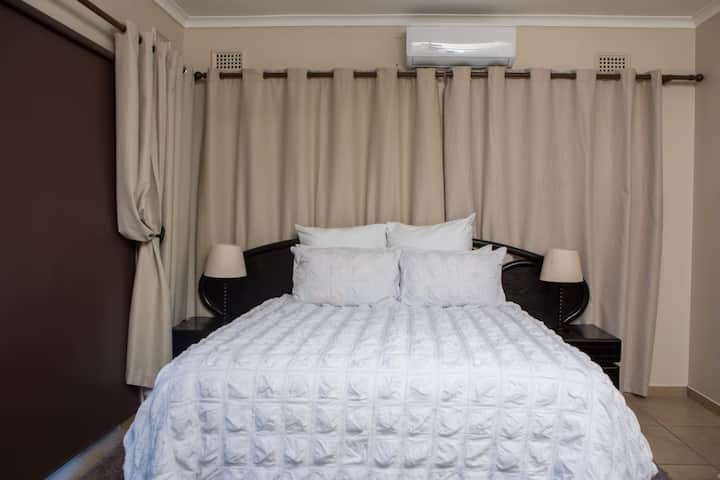 Dyna Guest House: Executive Suite