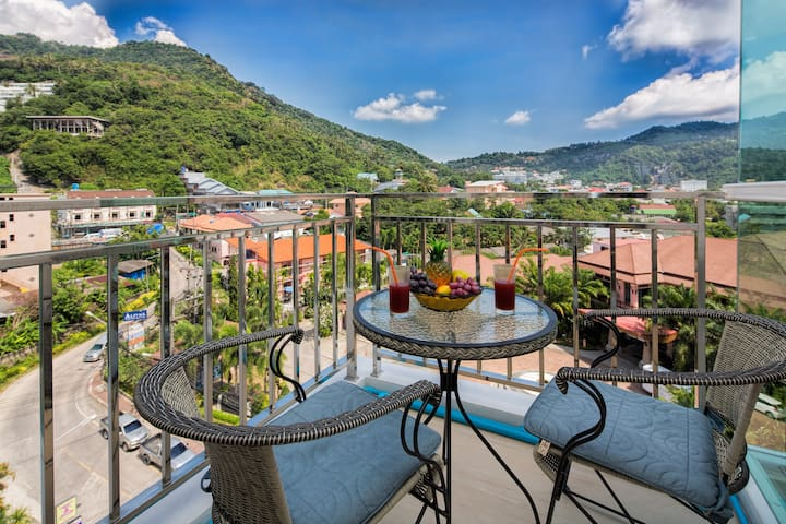 Fantastic mountain view Apartment@Kata beach -900m