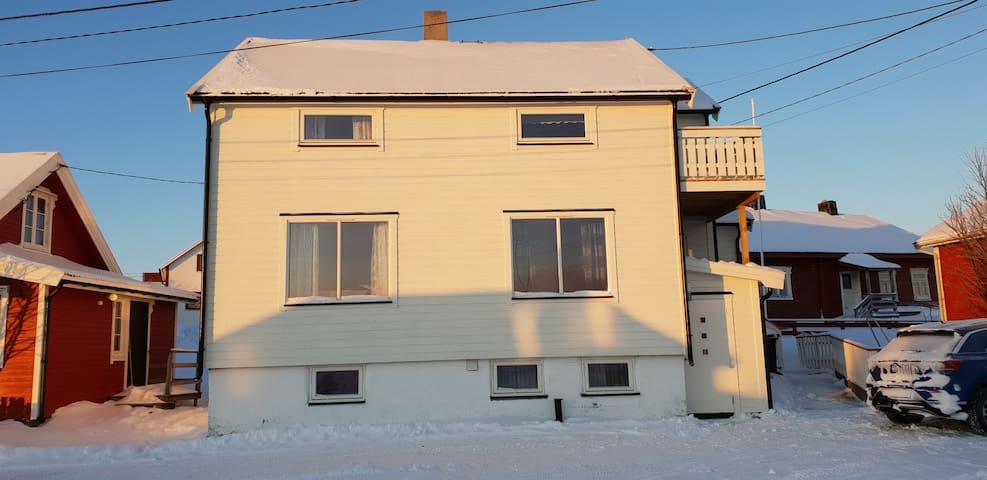 Stort nyrenovert hus i Bugøynes «Tre brødre»