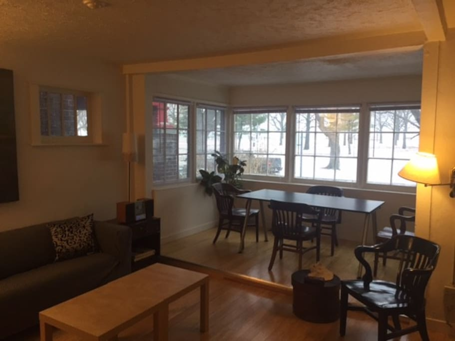 View from the dining room overlooks Kew Beach Avenue, the park and lake. Windows feature mini blinds for privacy