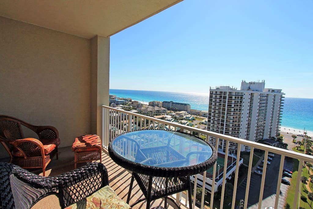 Spectacular View from Balcony of Ariel Dunes 1605!