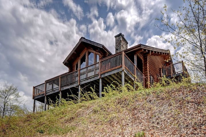 Chalet Sioux