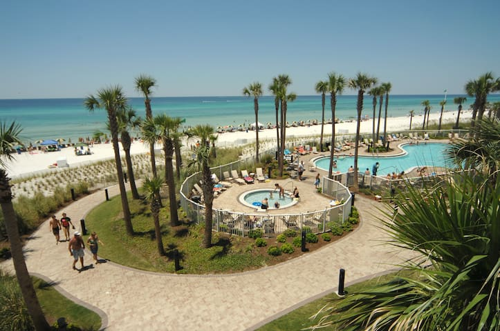 Grand Panama Beach Resort Condo