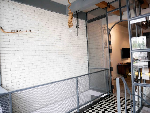 Modern Spacious Loft in Ari, City BKK