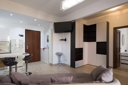 Finalborgo appartamento con garage privato