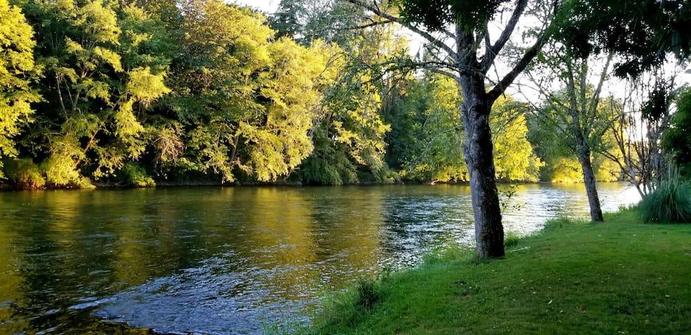 McKenzie Riverfront Retreat (New Listing Dec. '19)