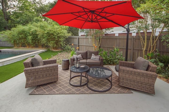 Outdoor Patio Furniture with umbrella (Umbrella has lights for the evenings)