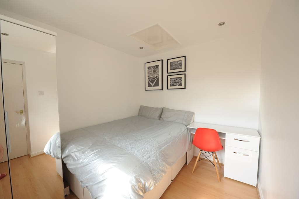 Double Room To Rent In Reading Private