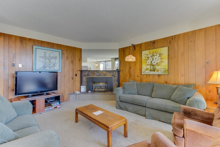 Unbeatable location just steps from the beach with a gas fireplace!