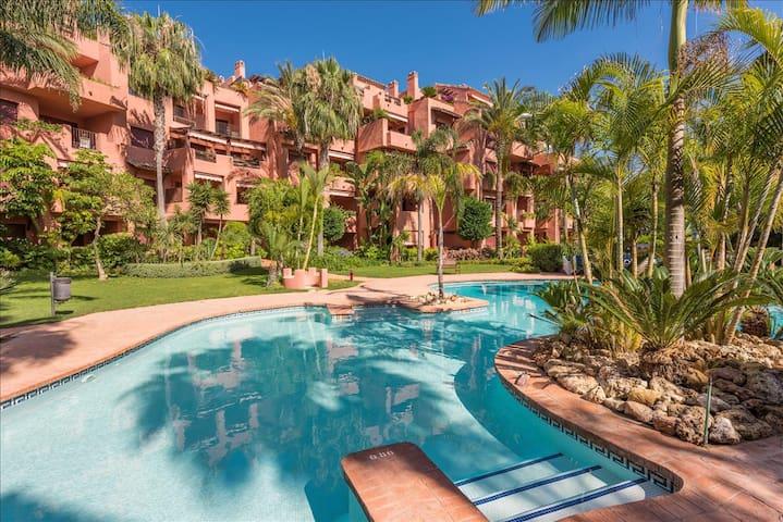 Beautiful apartament walking to the beach - Marbella - Daire