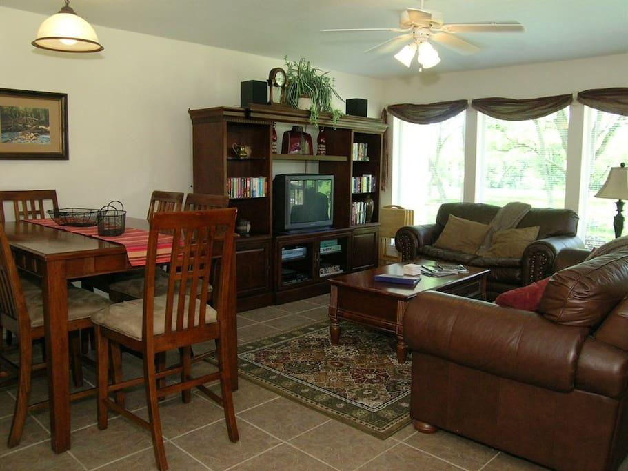 Waterwheel D-102-Living Room