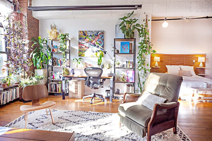 Spacious and sunny Brooklyn Oasis
