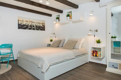 Ap. Kantunal-Stylish Studio with Terrace