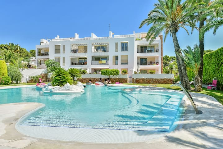 Luxury apartment located in the center of Moraira